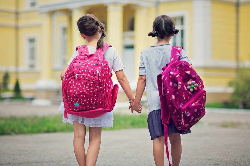 How to decide on the best School Bag For Your Kid?